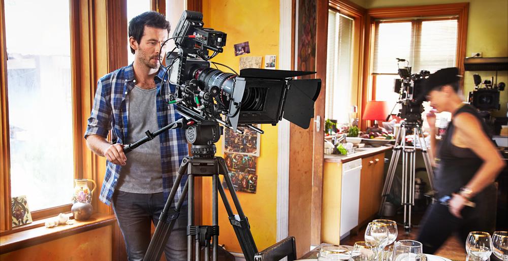 blackmagic-production-camera-4k-4.jpg