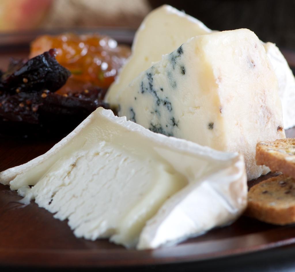 cheese_board1_cheese.jpg
