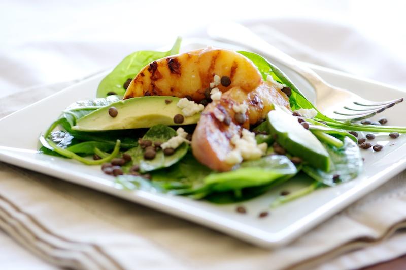 grilled_peach_salad_lentils.jpg