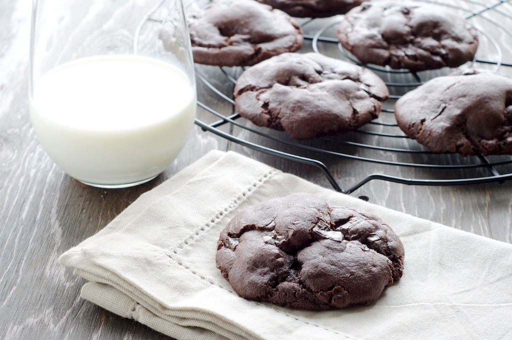 double_chocolate_cookie (2).jpg