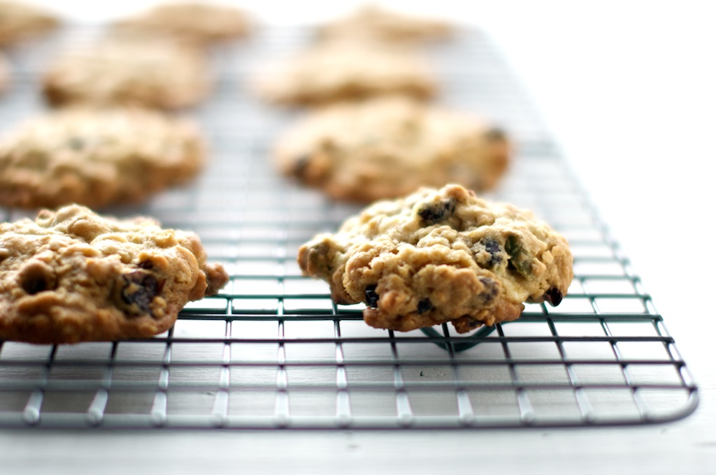 oatmeal_cookies_cherry_pistachio (3).jpg