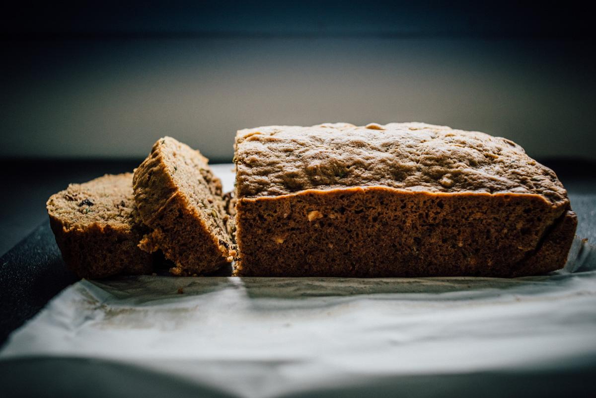 zucchini_nut_bread-6.jpg