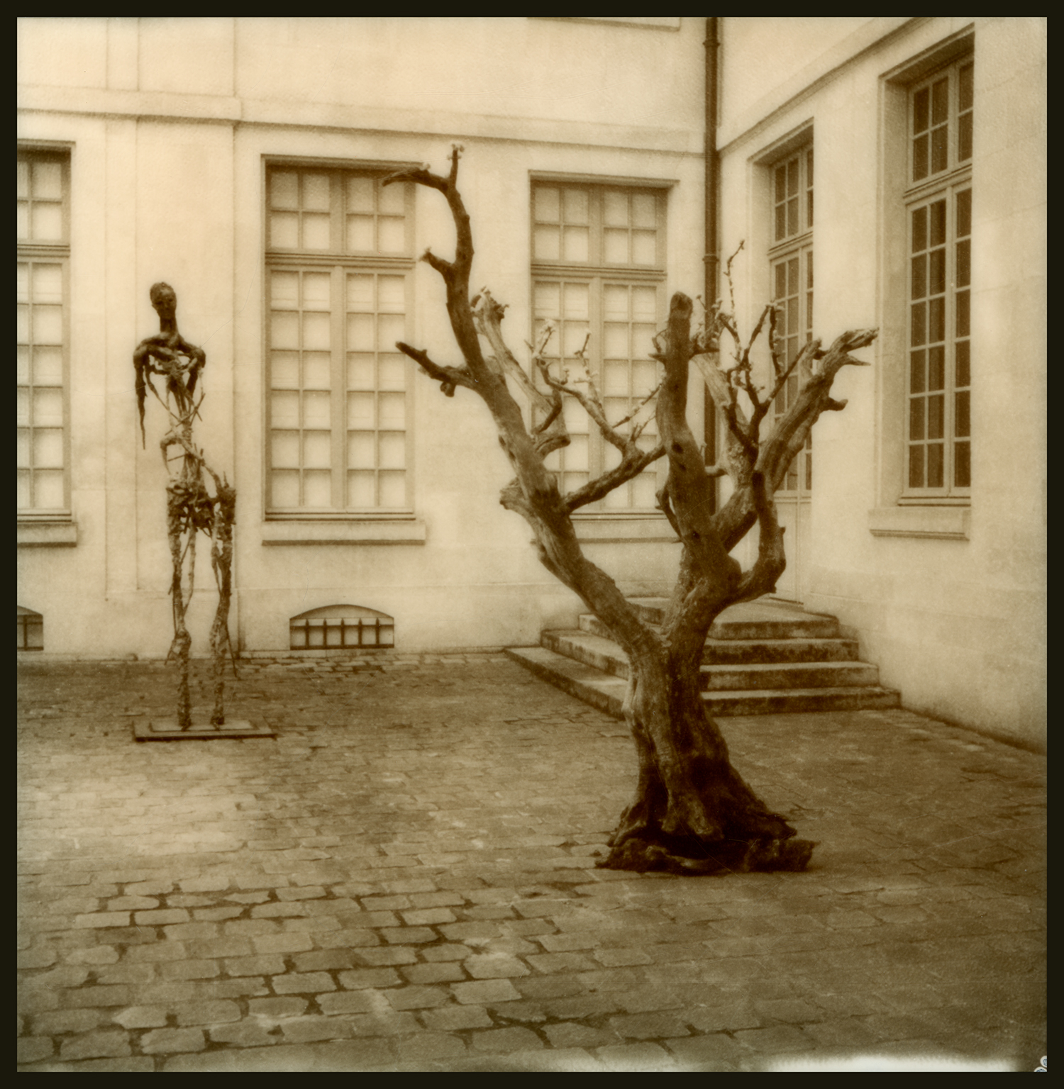 rue des Archives #62_Musee des Chasses Courtyard_GOA.3.07.17.001.jpg