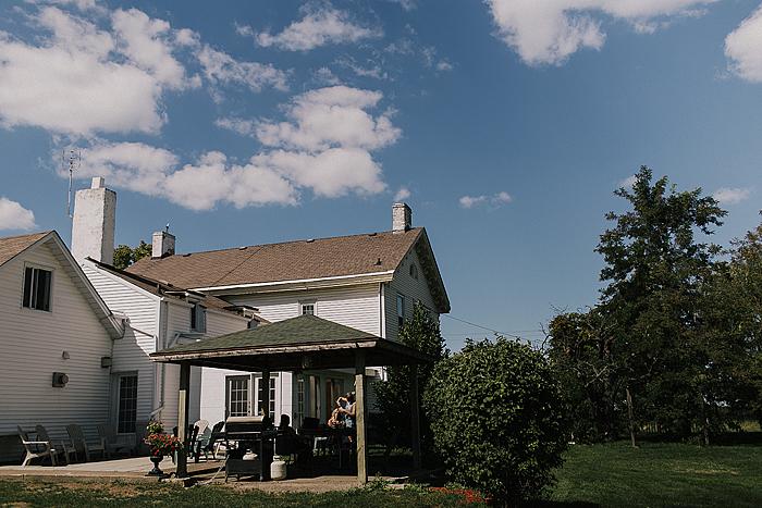 matt-and-erin-vineyard-wedding-012.jpg