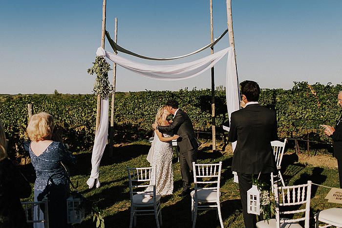 matt-and-erin-vineyard-wedding-189.jpg