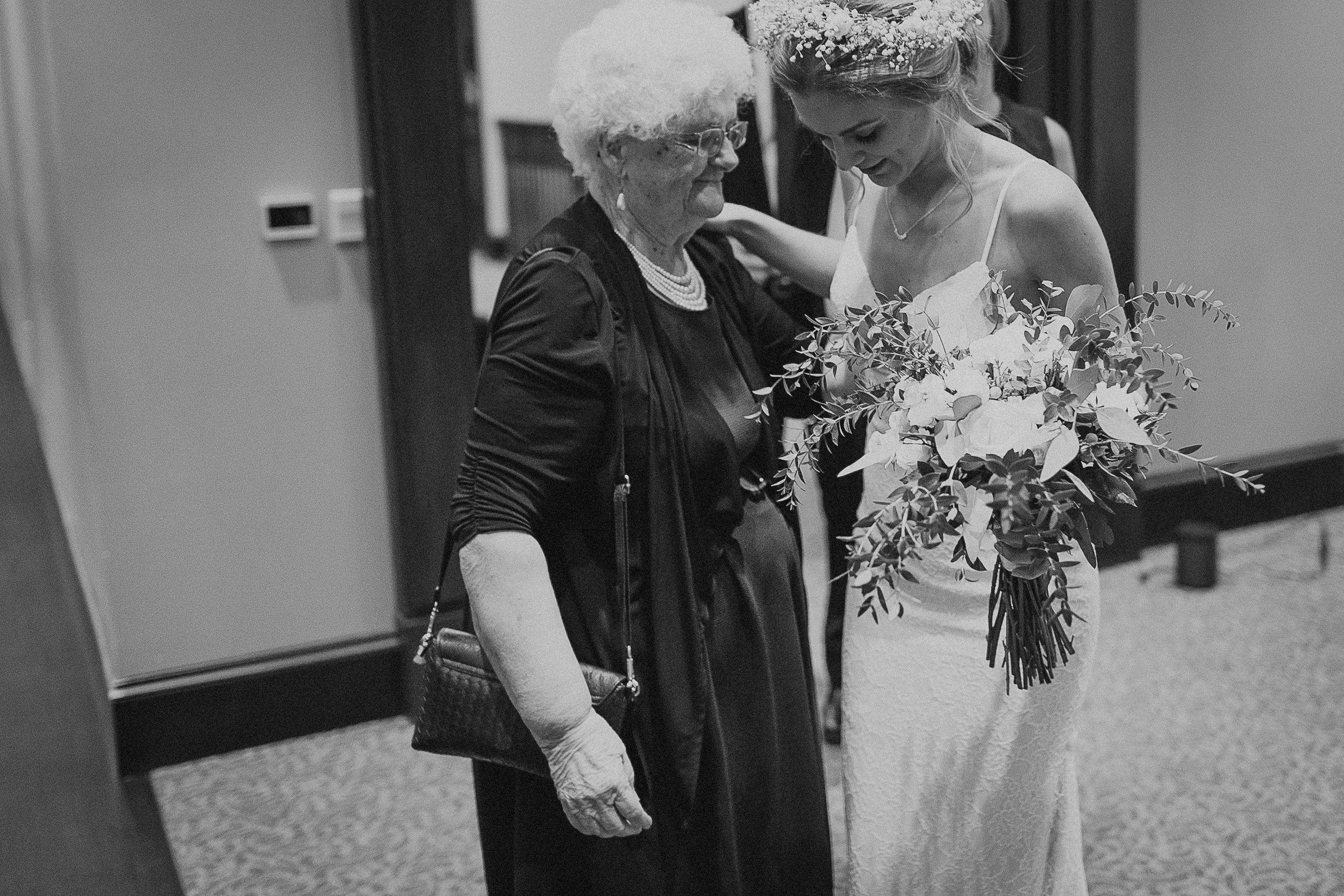 mark-and-liz-wedding-330.jpg