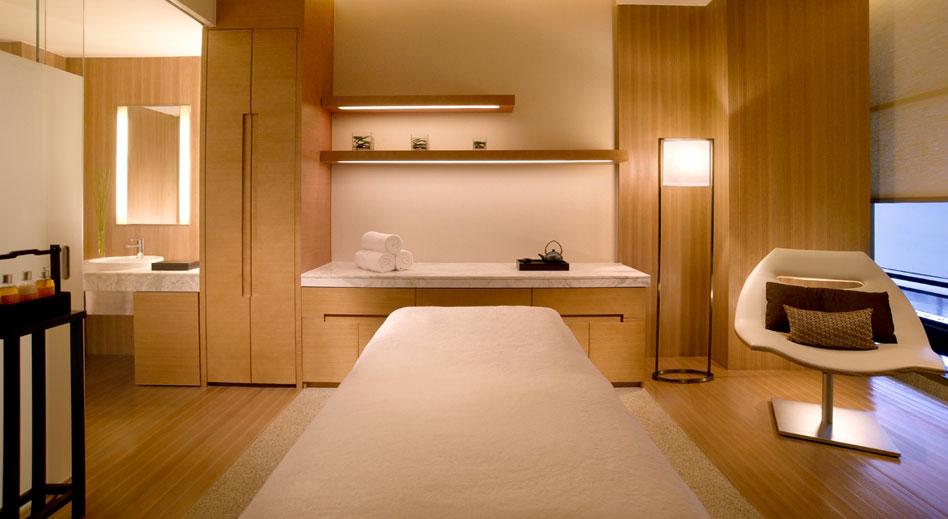 hyatt on the bund - treatment room