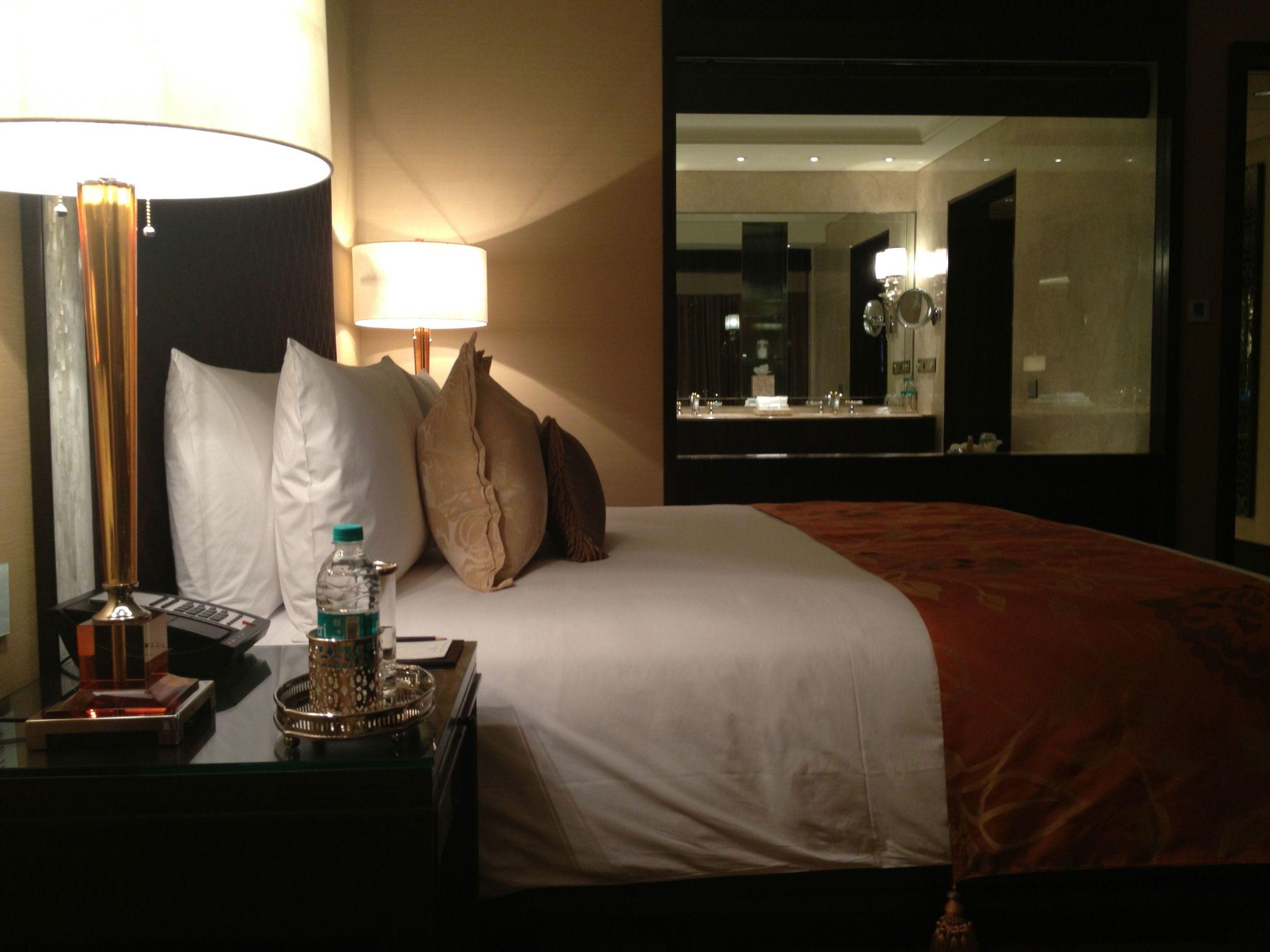 Leela_Chennai_ Bedroom.jpg