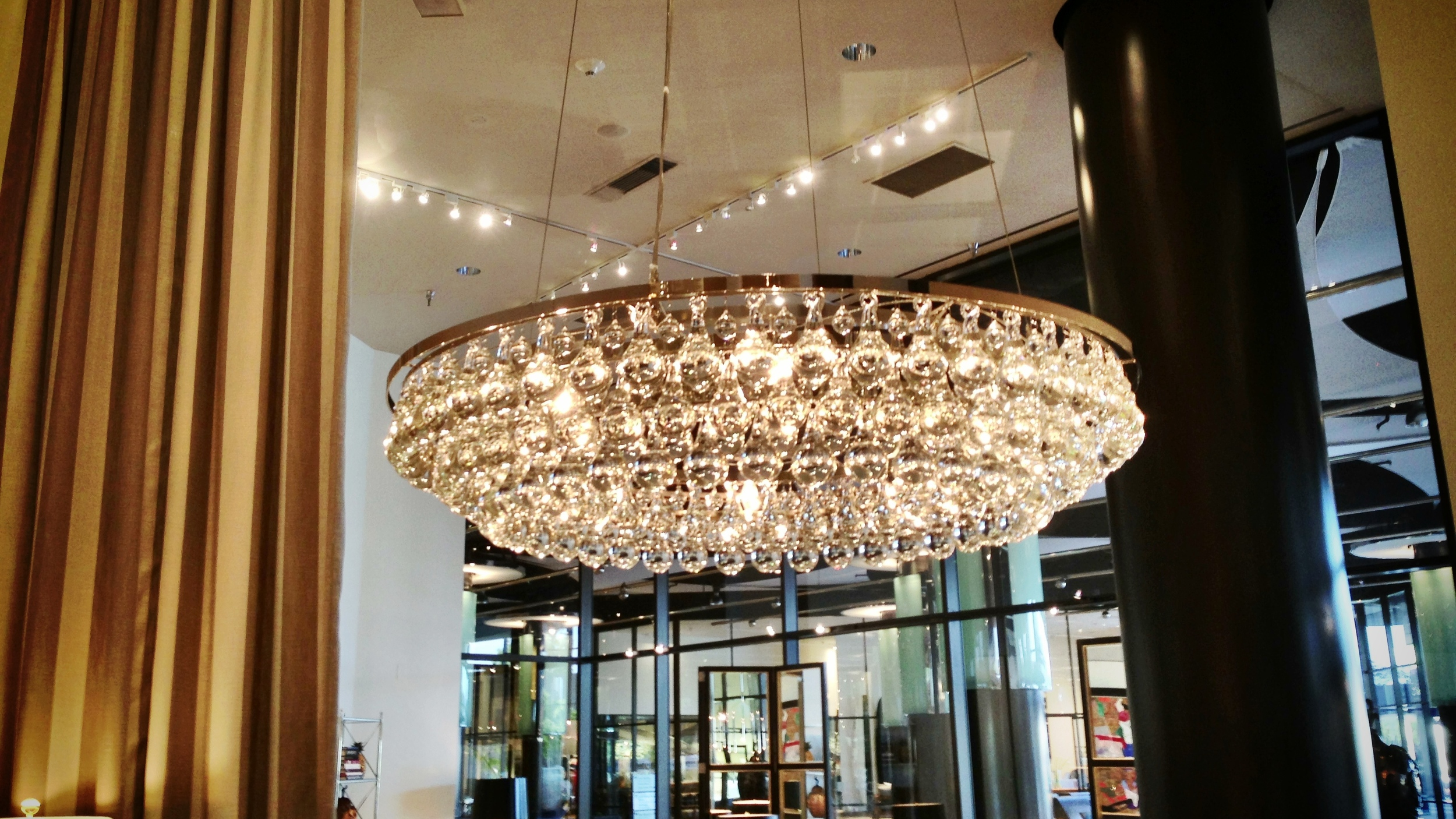 Hudson Pendant_David Sutherland Showroom.JPG