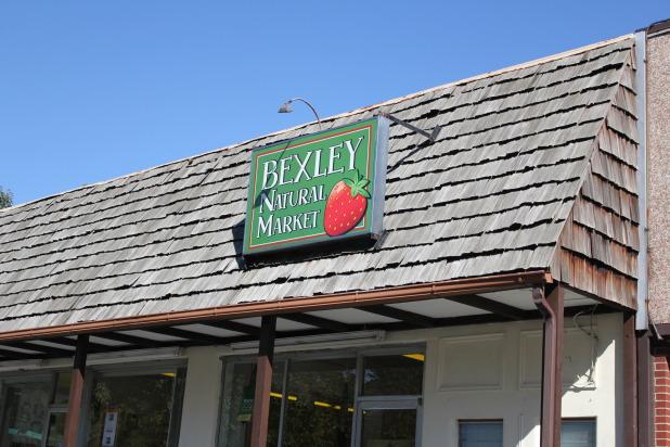 bexley natural market sign.jpg