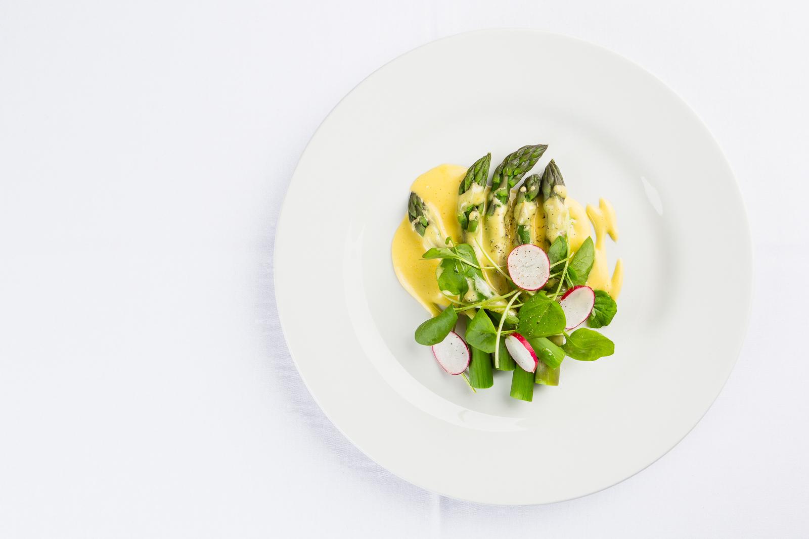 Neil Forbes Asparagus with Hollandaise WEB SIZE-CMPL0975-Edit.jpg