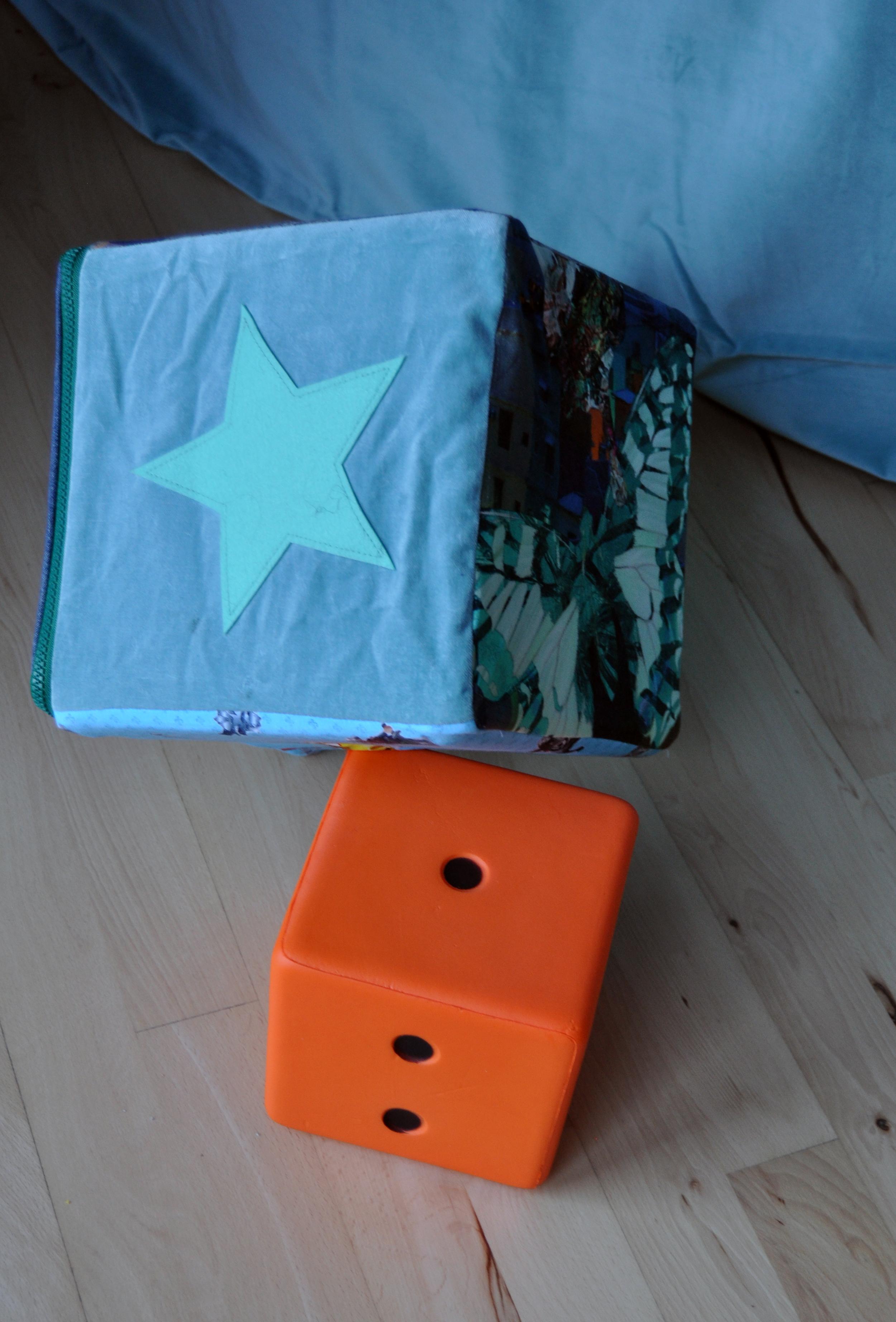 Fortælleterning - Overslag til terning. Til pædagogisk arbejde med børn mellem 3-8 år. Afprøvning og udvikling af terning er støttet af Børnekulturhus Aarhus.