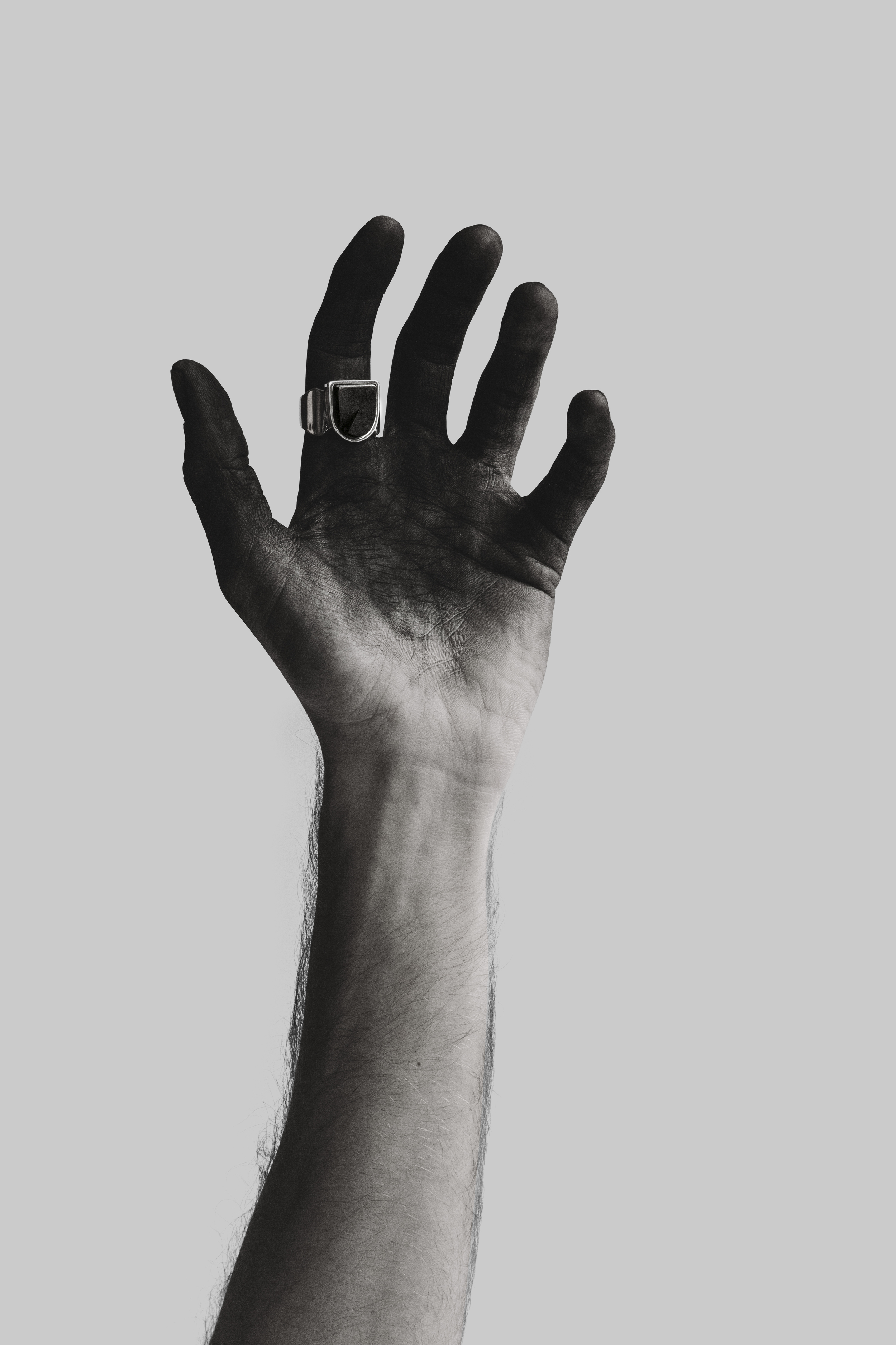 hand2_ring copy.jpg