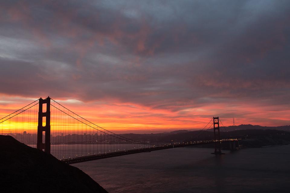 Golden Gate Bridge, Twin Peaks | Traveling Someplace Wild | www.someplacewild.com