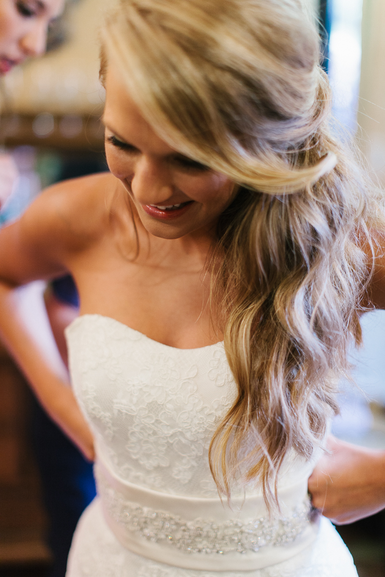 Bride Getting Ready | Wolf Mountain Vineyard Wedding|  Dahlonega, GA |