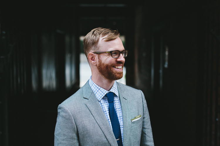 Stylish groom portraits