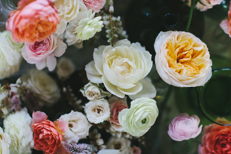 Close up of the bride's bouquet