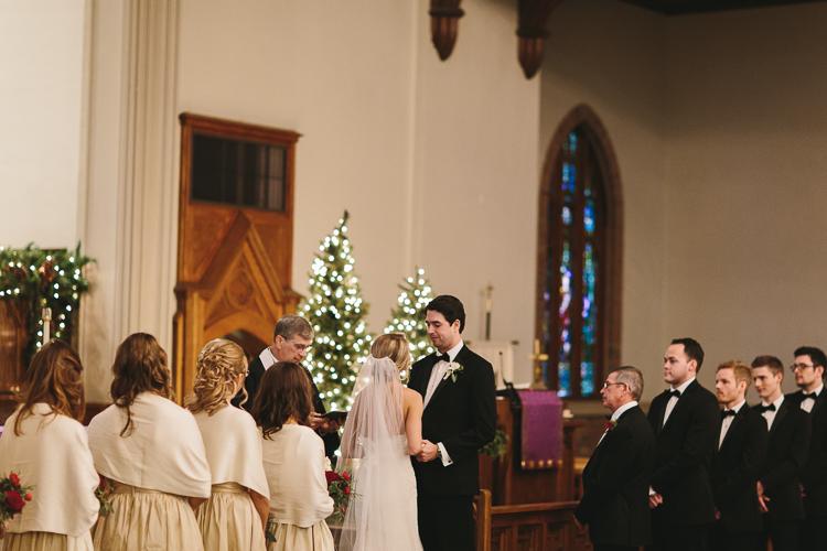beautiful christmas wedding