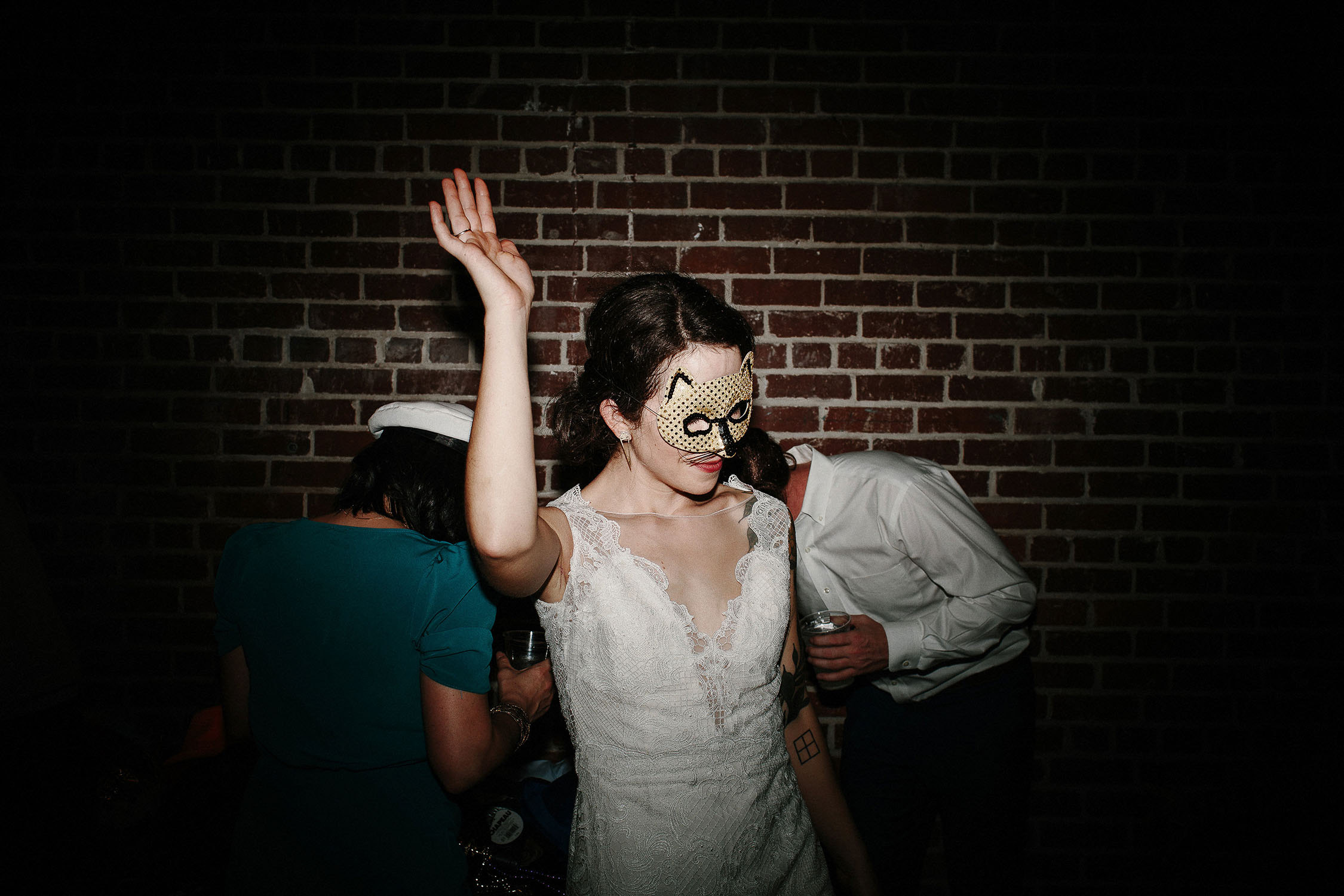 alternative-ambient-plus-studio-wedding (16 of 20).jpg