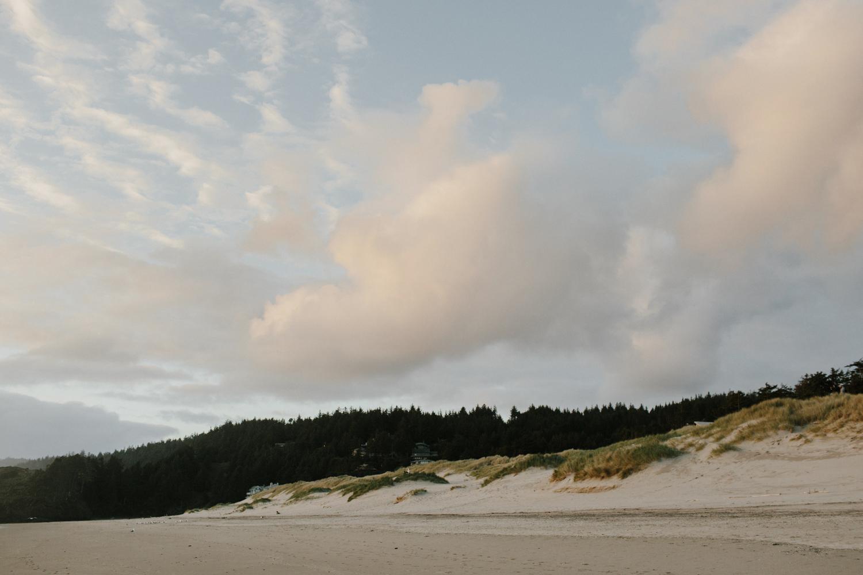 cannon-beach-engagement-oregon-77.jpg