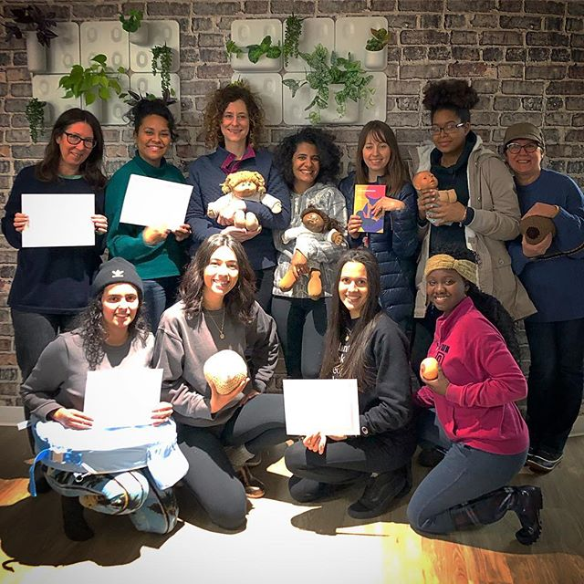 Check out @expectingnyc 's latest group of doula graduates! These gals learned all about holding space, supporting the postpartum family and how to view each client situation with a non-judgemental-wide angle lens.  #postpartumfamily #postpartumdoula #CAPPA #reframeyourself #paradigmshifters