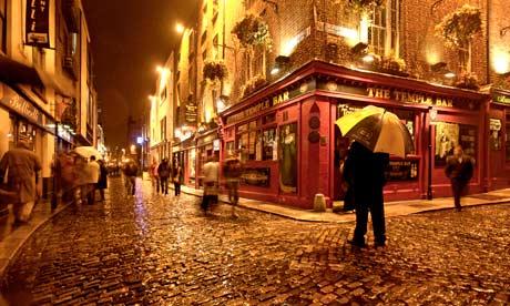 Temple-Bar-in-Dublin-008.jpg