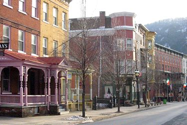 Broadway, Jim Thorpe PA