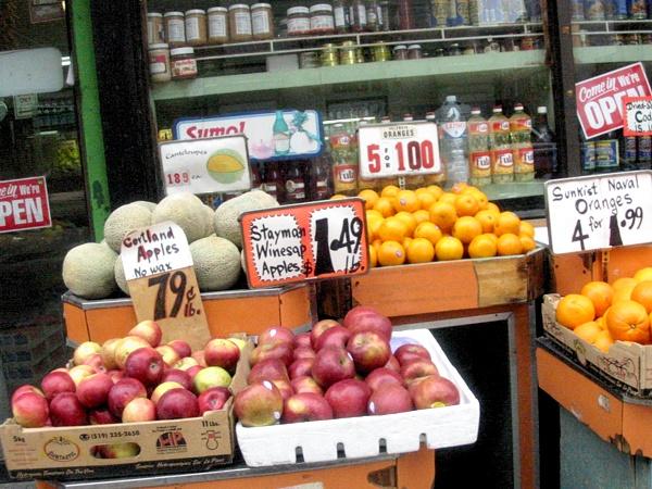 Street Fruit | Bleecker near Jones