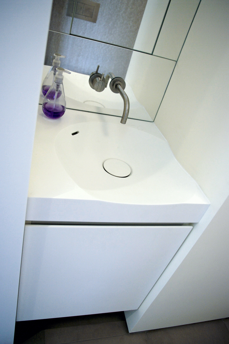 Euro_Style_Corian_Sink_Sterling_Surfaces-13.jpg