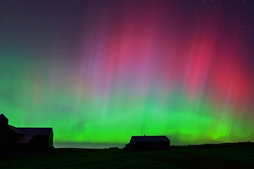 The-light-show-in-the-sky-above-an-Amish-Farm-at-around-0200-am-on-Fuller-Road-in-Easton-Maine.jpg
