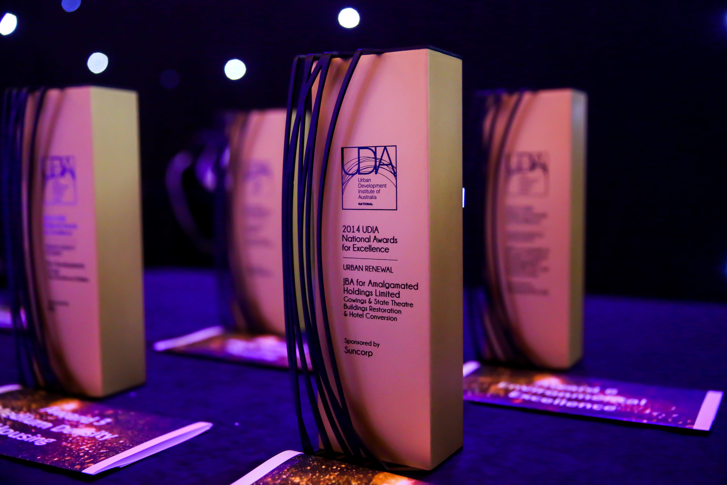 trophy udia custom trophies awards