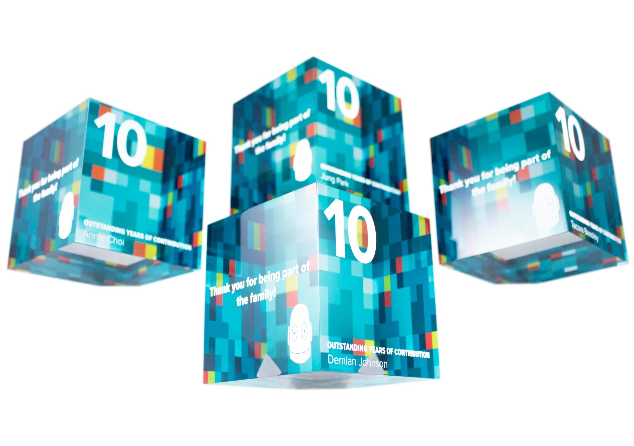 brainpop - cube acrylic awards
