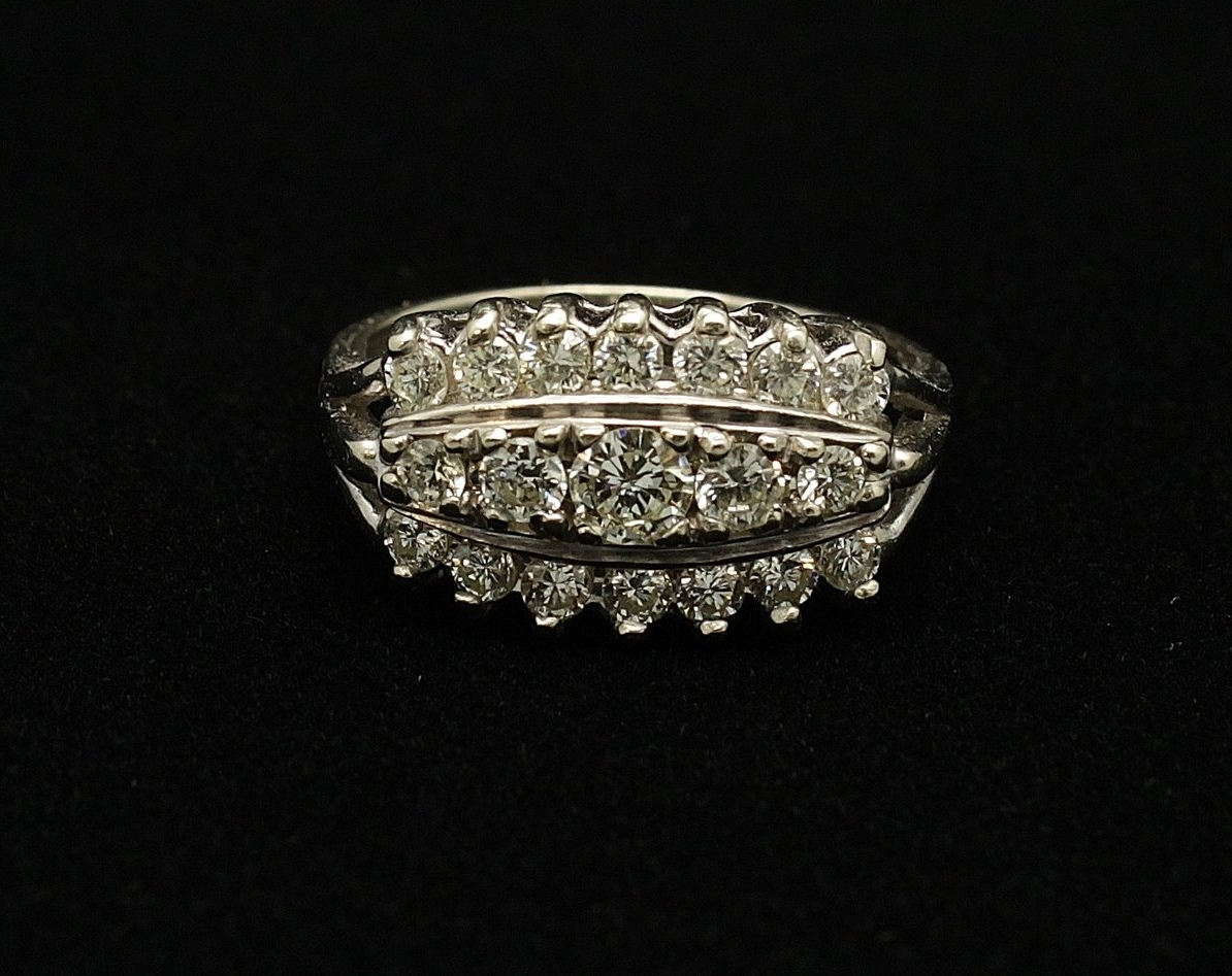 Vintage 14kt Diamond 1.05cts Ring