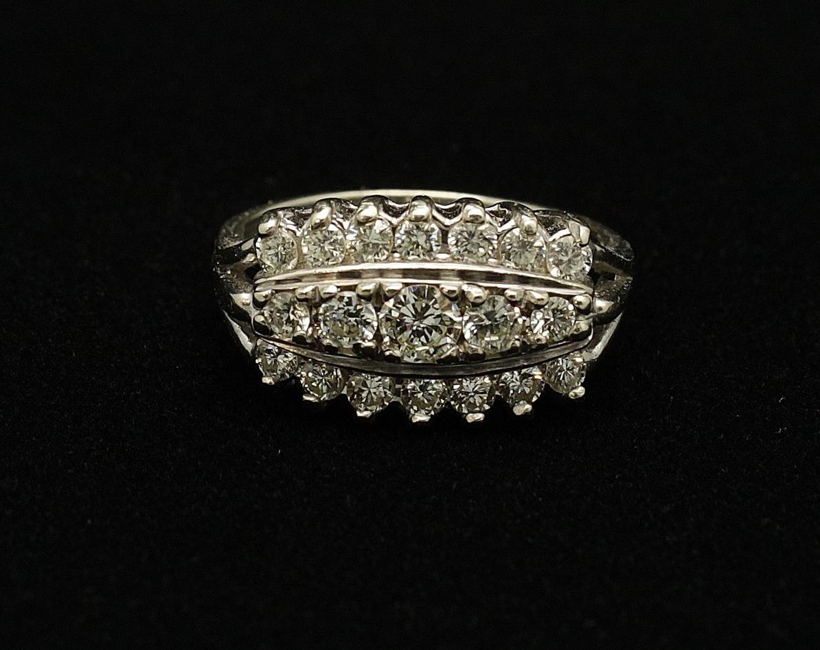 Vintage 14kt Diamond 1.05cts Ring