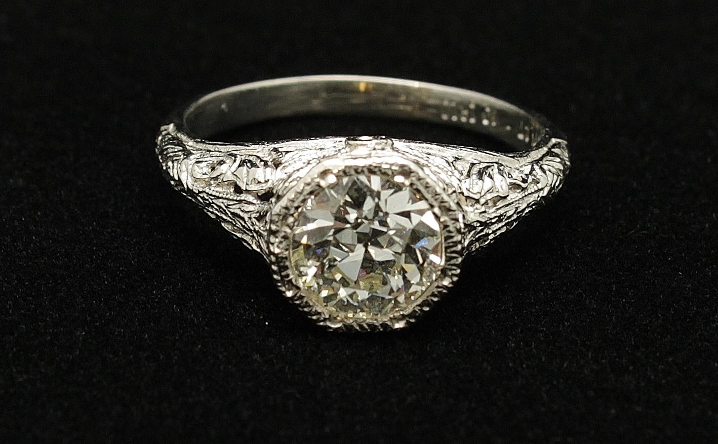 Antique Platinum Diamond 1.11cts