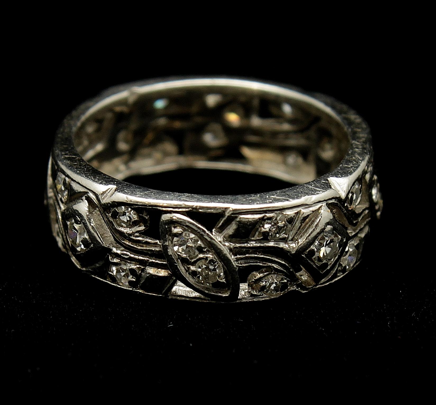 Antique Platinum Diamond Single Cut 1.10cts Ring