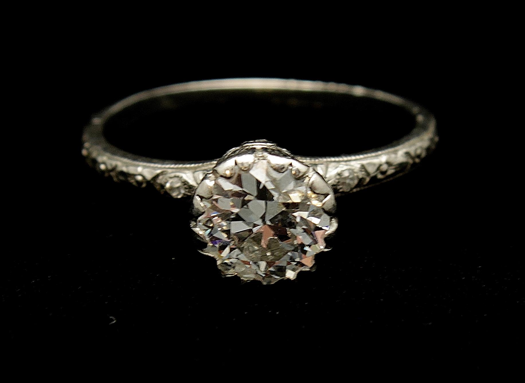 Antique Platinum Diamond Old Mine Cut 1.25cts Ring