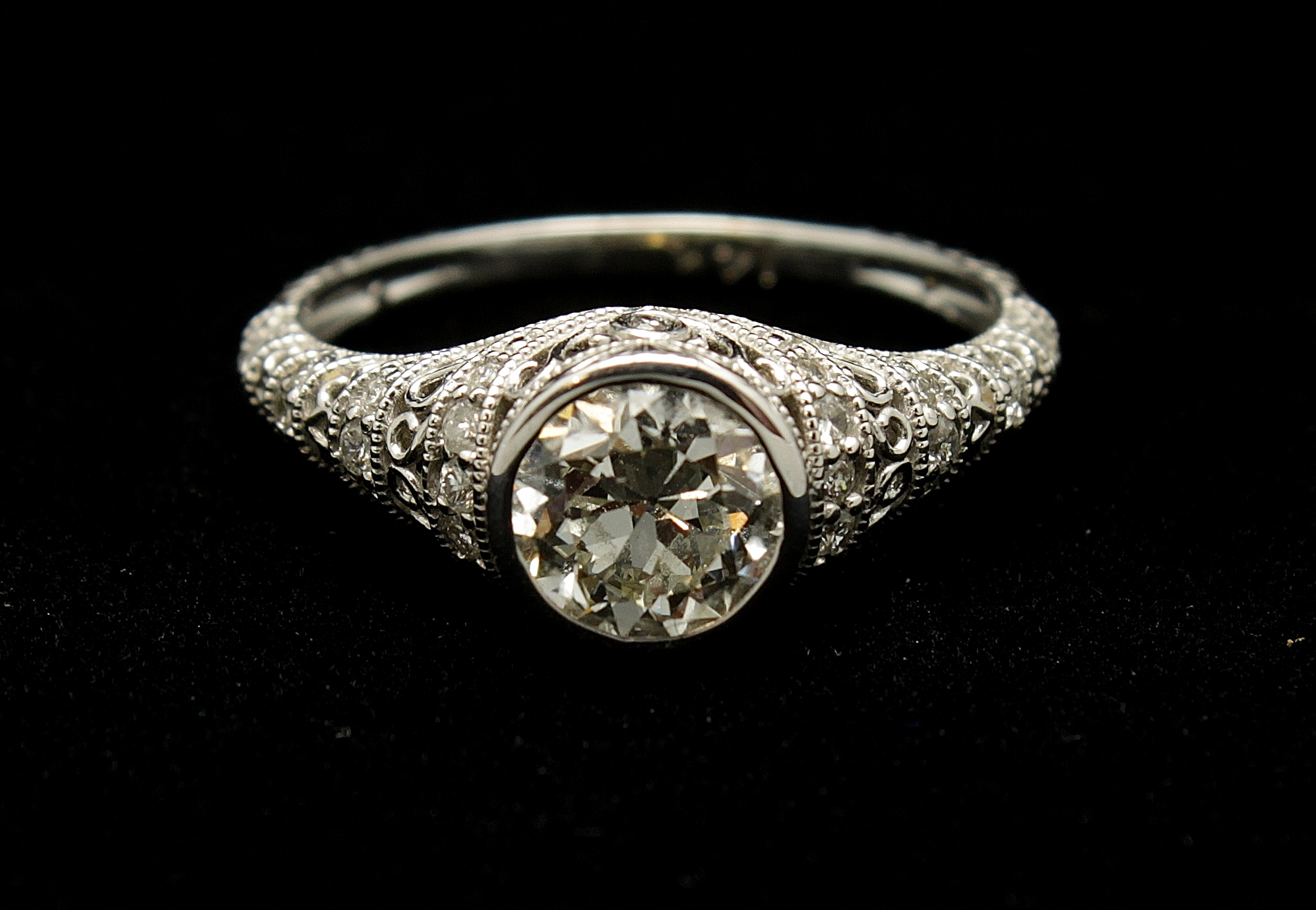 Antique 14kt Diamond Old European Cut 1.04cts Ring