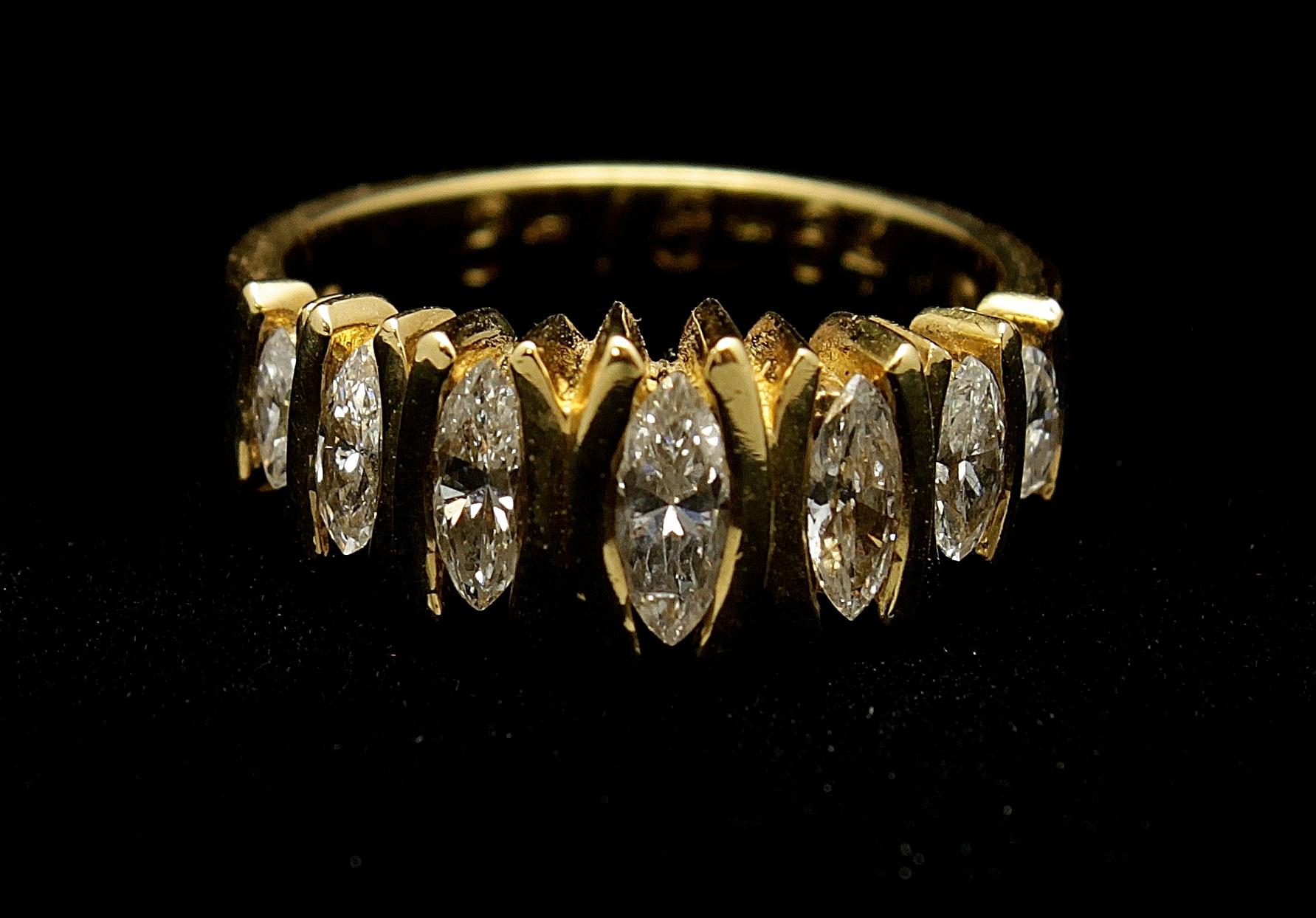 Vintage 18kt Diamond Ring