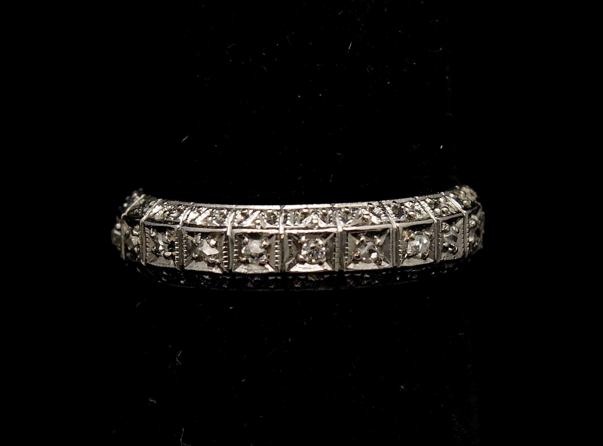 ntique 14kt Diamond .40cts Ring
