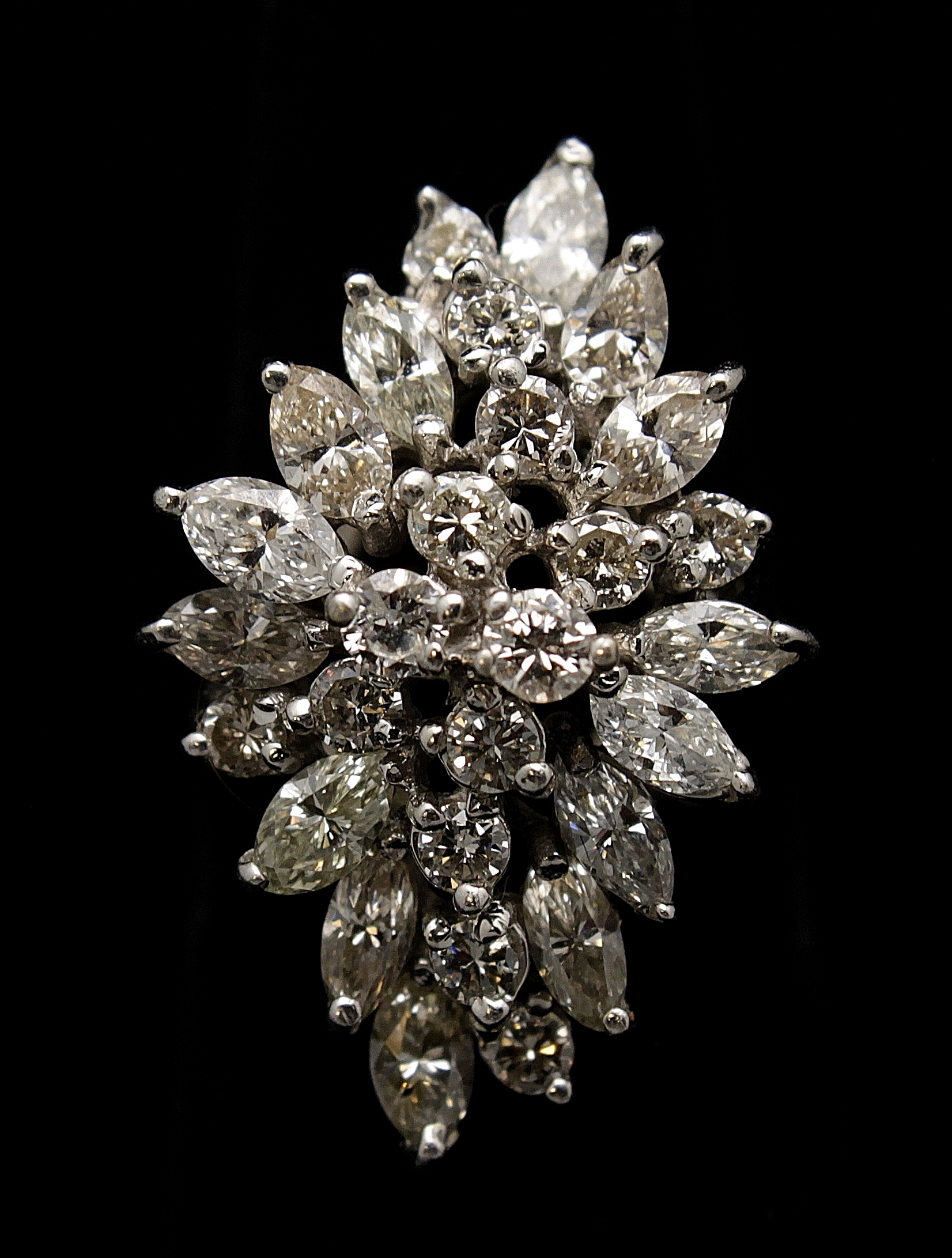 Vintage 18kt Diamond 2.8cts Ring