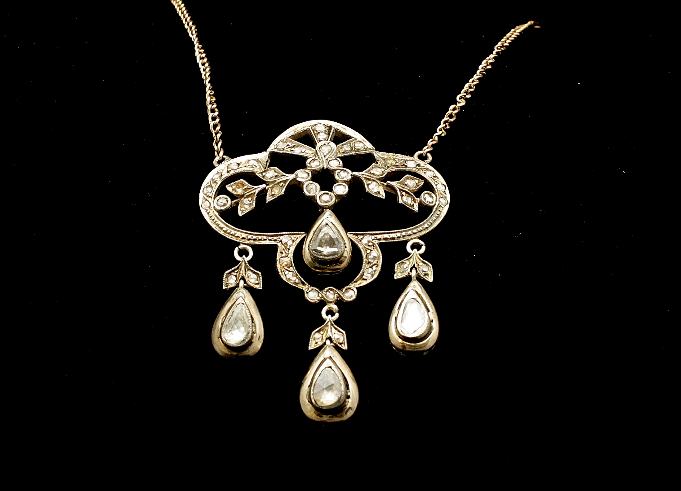 Antique 18kt Diamond Rose Cut 6cts Necklace