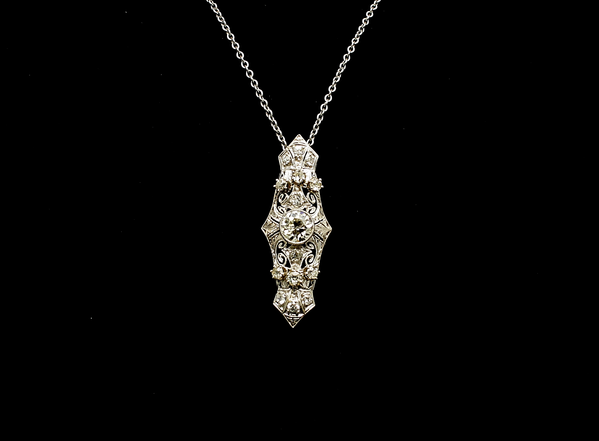 Antique Platinum Diamond 2cts Necklace