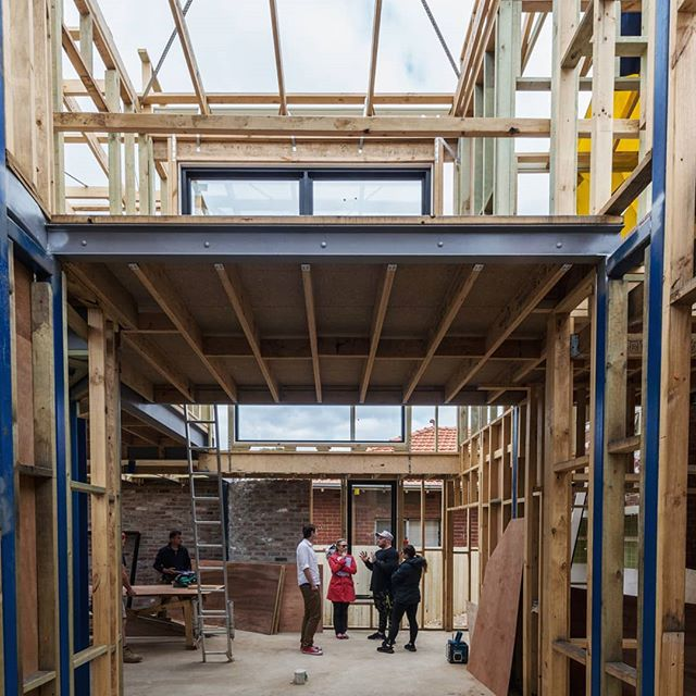 Frame coming together at our latest project being built on Thornbury.  Build: #bluestarbuild  #archdaily #architecture #melbournearchitecture #framing #construction #residentialarchitecture