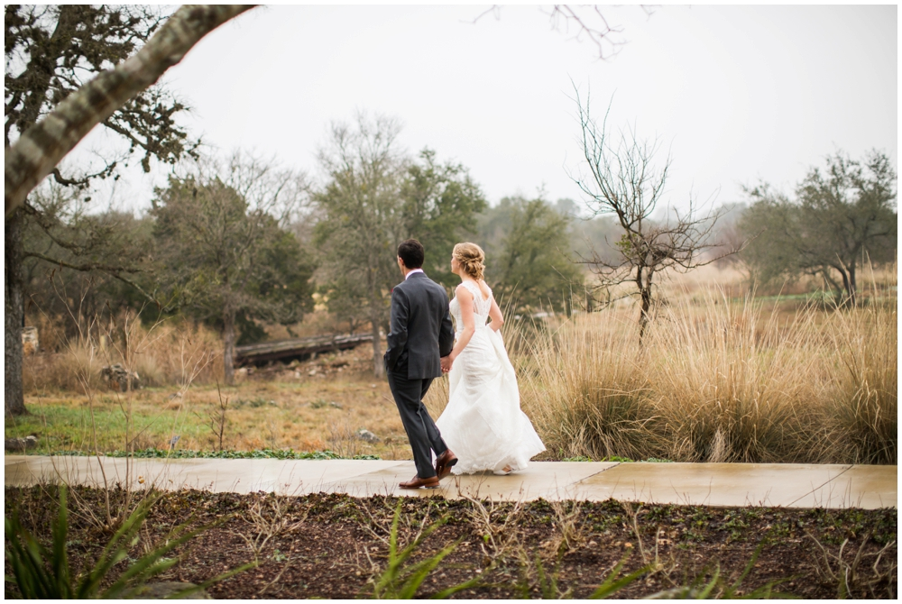 Lady Bird Johnson Wildflower Center Winter Wedding_0005.jpg