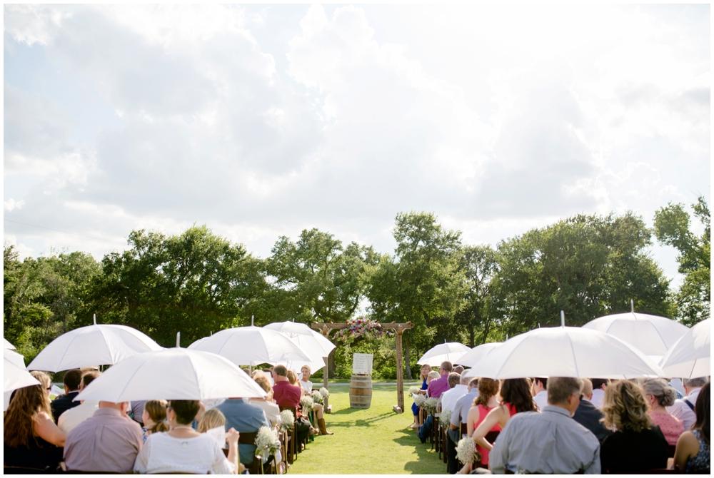 Lone Oak Barn Wedding_0009.jpg