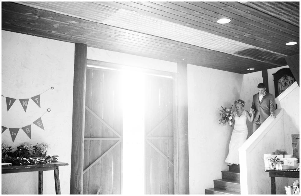 Lone Oak Barn Wedding_0019.jpg