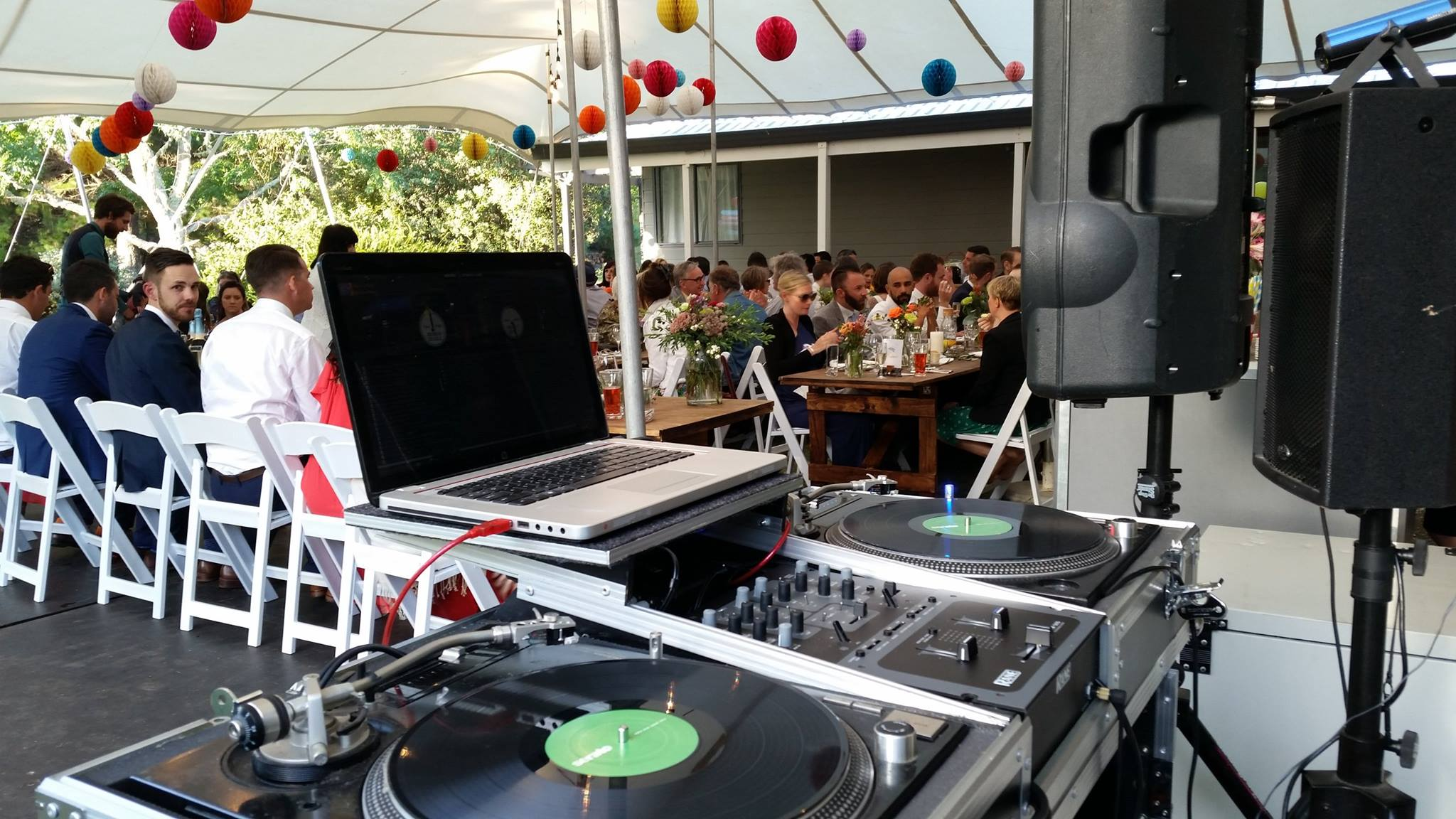 MIXMASTER USES ONLY THE BEST DJ GEAR - FROM TURNTABLES TO MIDI CONTROLLERS, CDJs AND only the best SOUND EQUIPMENT