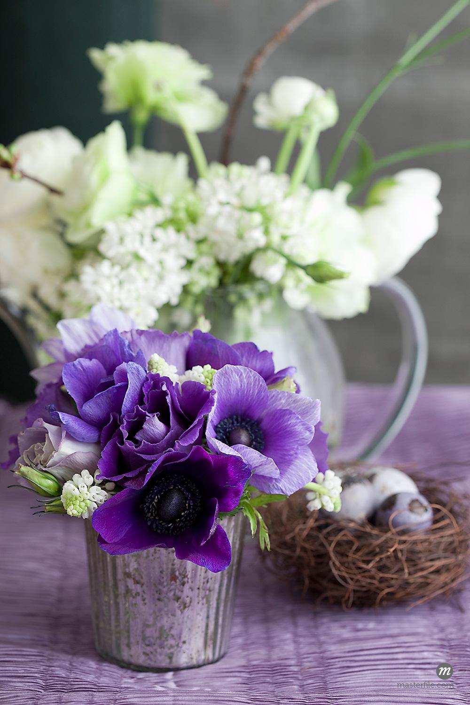 Purple Flower Arrangement © Susan Findlay / Masterfile