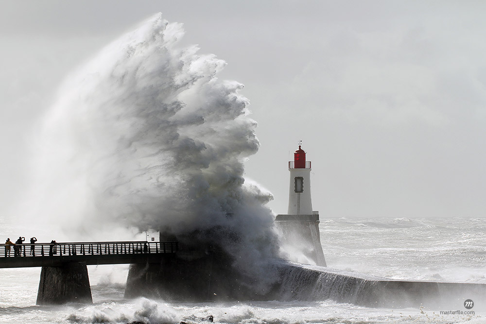 Storm on a lighthouse (Les Sables d'Olonne – France) © Thomaspajot / Masterfile